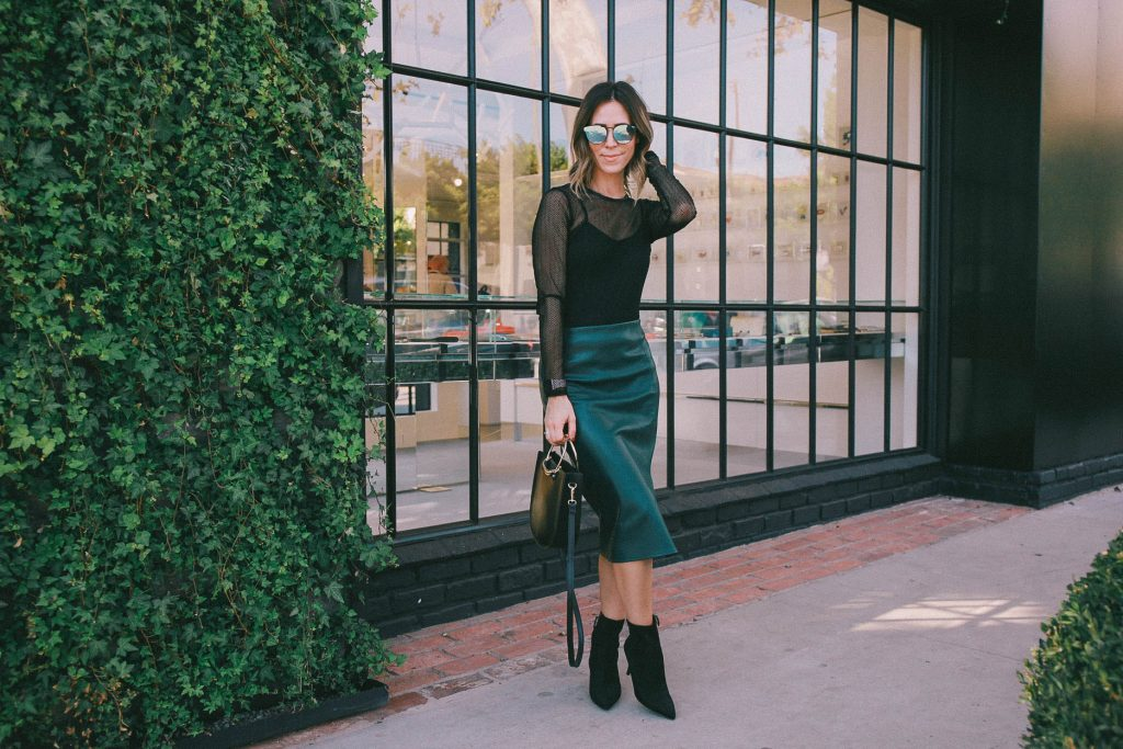 faux leather pencil skirt and Chicago fashion blogger