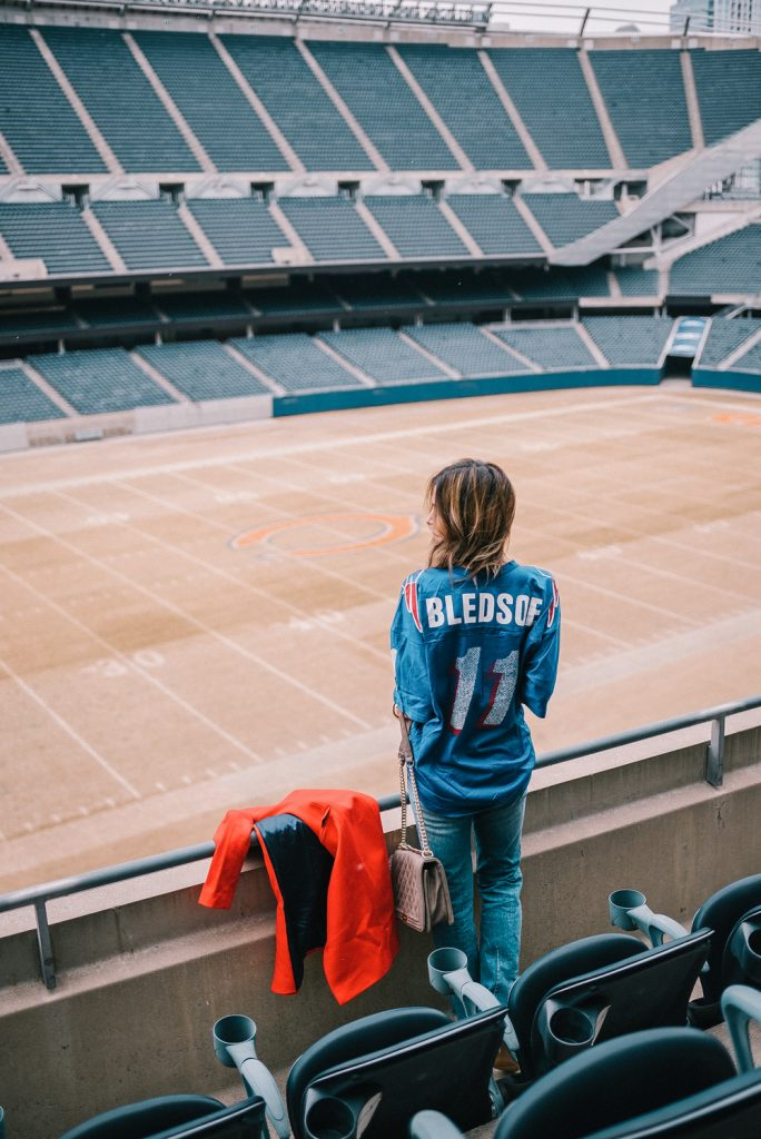 Blogger Mary Krosnjar wearing game day fashion and Soldier Field