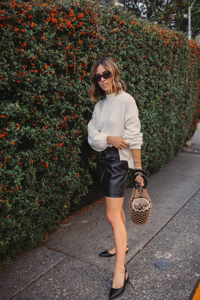 Blogger Mary Krosnjar wearing Nordstrom Balloon Sleeve Sweater and Naturalizer Kate Flat