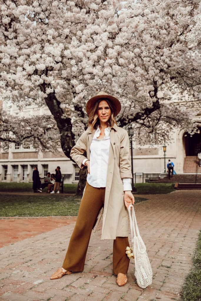 Seattle Fashion Blogger Sportsanista wearing H&M Knit Pants, H&M Trench Coat and Schutz Marli Point Toe Flats