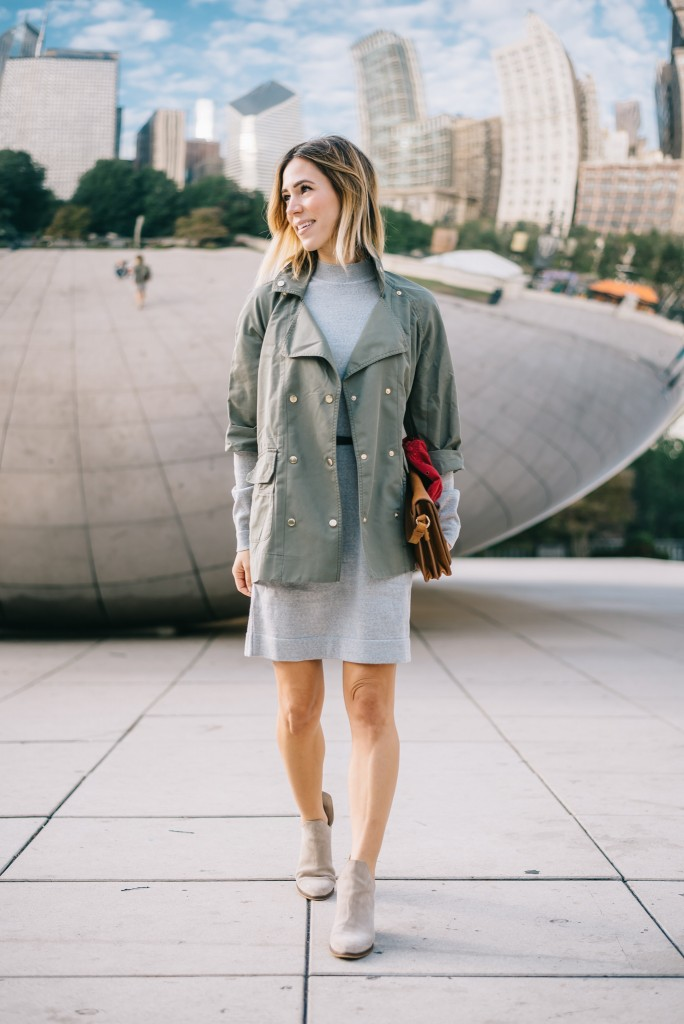 Tommy Hilfiger Double-Breasted Utility Jacket, VINTAGE HILFIGER CAP, Cloud Gate, Chicago, The Bean, Millenium Park, Taupe suede booties,