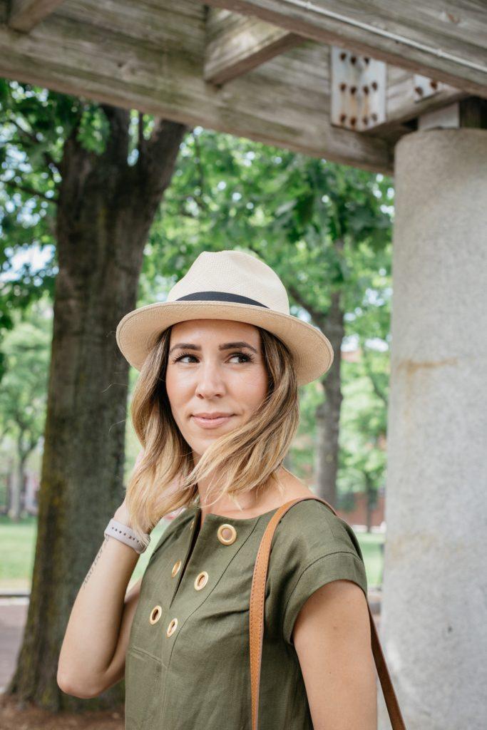 How to styleLauren Kelp, Chicago Fashion Blogger, Marshalls Surprise, Line shift dress with grommets