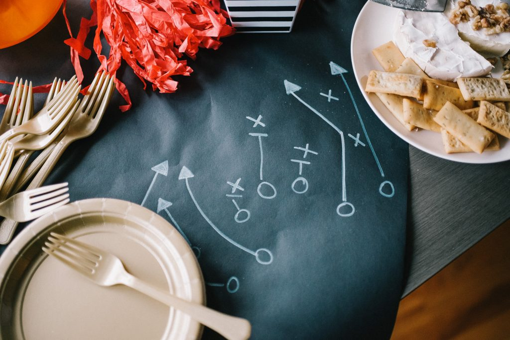 Blogger Mary Krosnjar sharing DIY Ideas for your NFL party