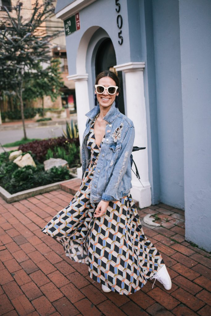 Blogger Mary Krosnjar wearing Milly Printed Valerie Dress and distressed denim jacket