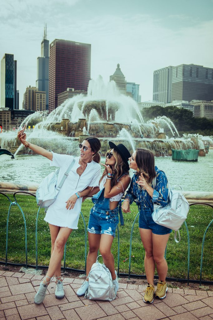 Chicago Fashion Blogger Mary Krosnjar and Drunk on Shoes