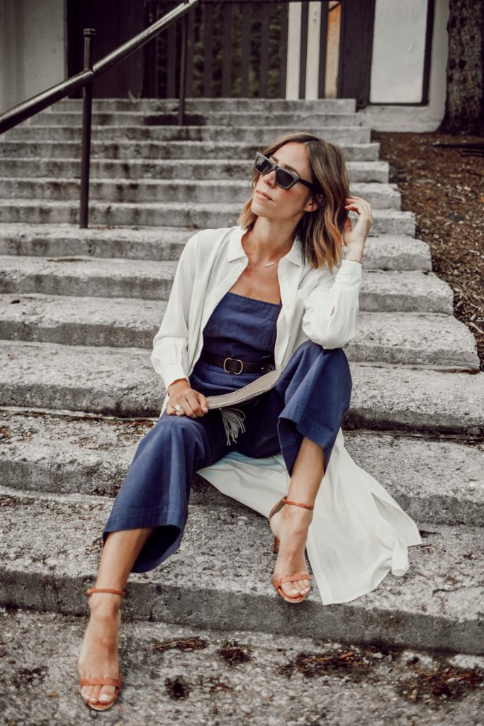 Blogger Mary Krosnjar wearing Long Sleeve Button-Up Tunic and Nude Sandals
