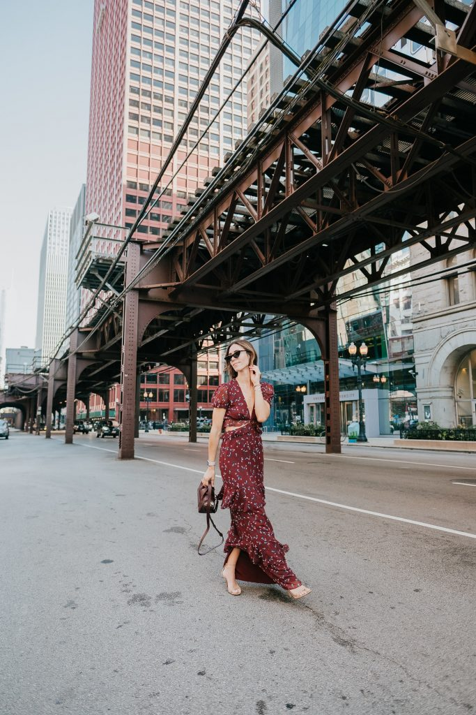 Blogger Mary Krosnjar wearing WAYF Laviana Maxi Dress ad Banana Republic Nude Sandal