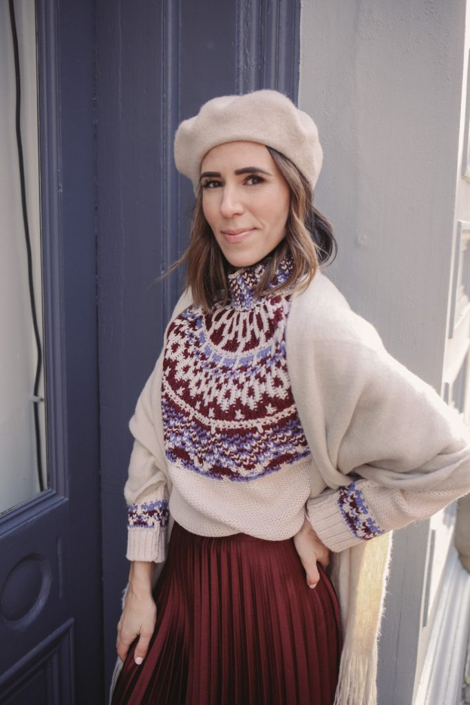 Blogger Sportsanista wearing Wool Beret and Fringe Scarf
