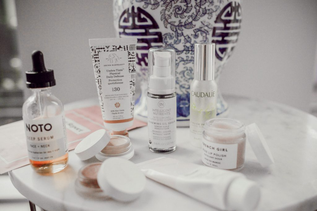 Seattle Fashion Blogger Sportsanista sharing affordable clean beauty brands and products