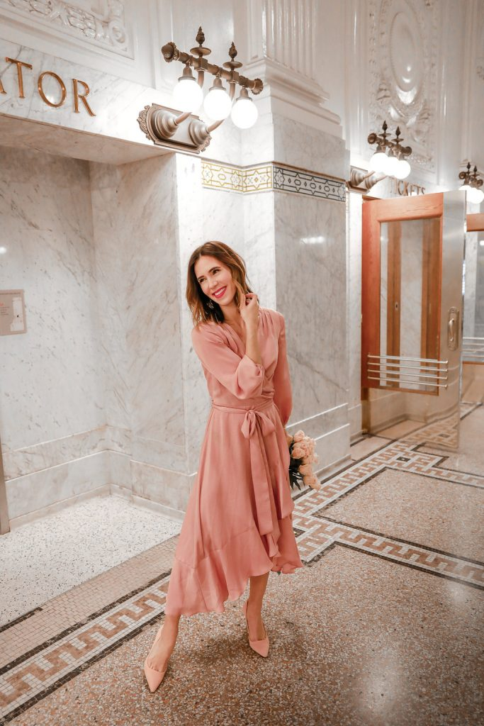 Blogger Sportsanista wearing Gal Meets Glam Dress in King Street Station Seattle