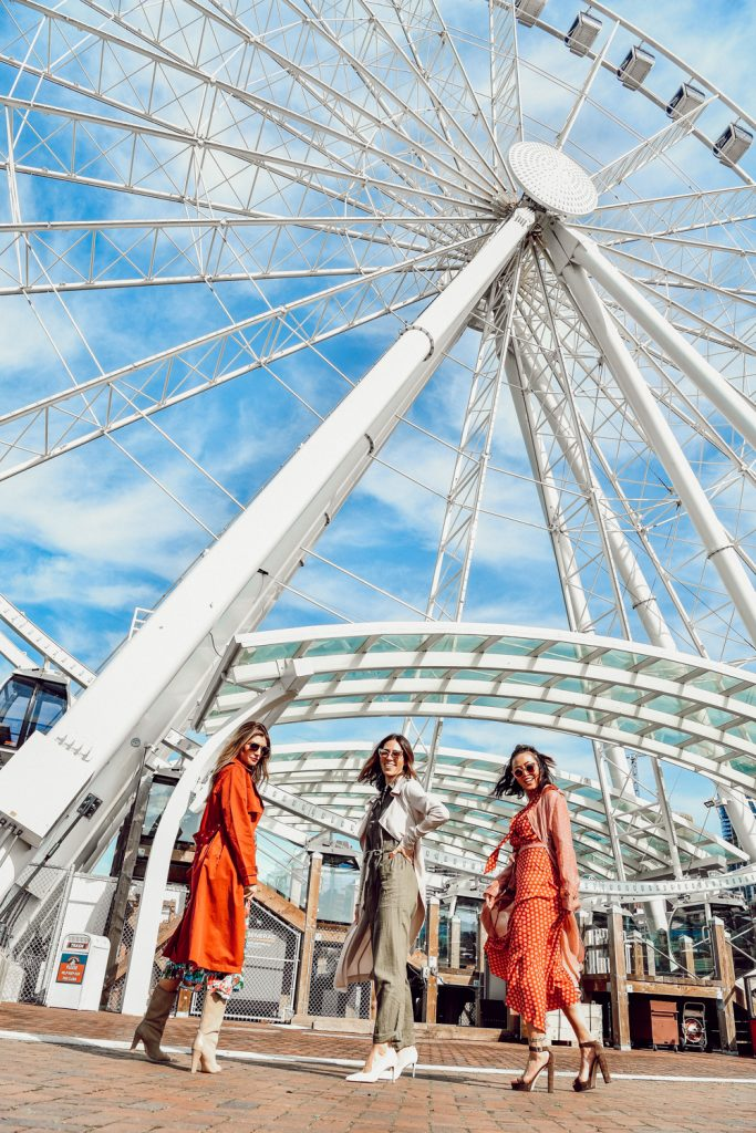 Seattle Fashion Blogger Sportsanista wearing H&M Cargo Jumpsuit and Trench coat at the great wheel