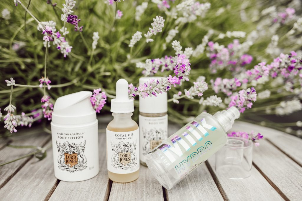 Seattle Fashion Blogger Sportsanista sharing favorite products from the CBD Movement