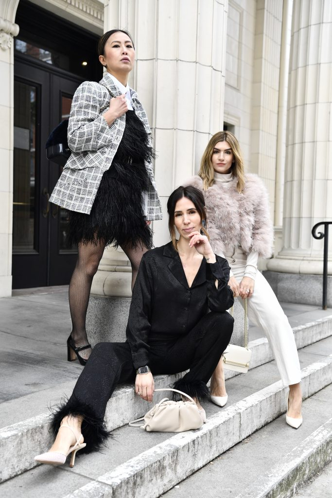 Seattle Stylelogue sharing three ways to style ostrich feather and spring fashion ideas