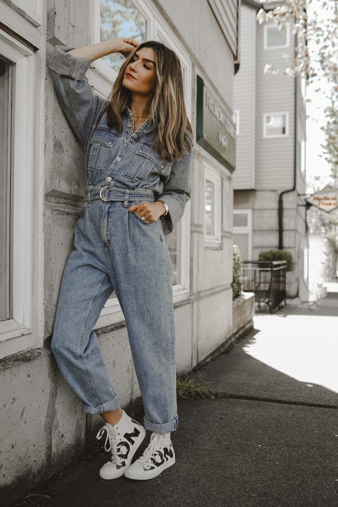 Blogger Cortney from The Grey Edit